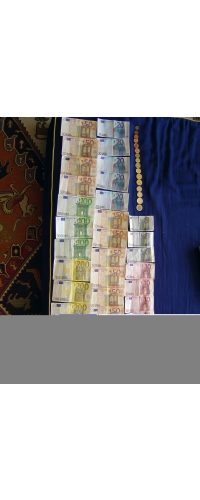 Image Of Euro Bills